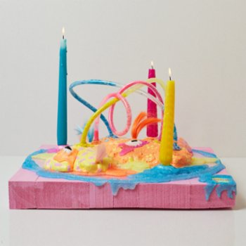 Balbang - Birthday Cake Candle Holder