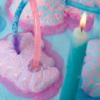 Balbang - Birthday Cake Candle Holder - III