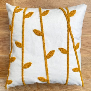 Joynodes - Straw Natural Woven Cushion
