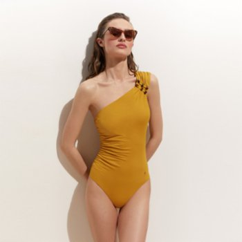 Ayje - Turly Timeless One Shoulder Suit