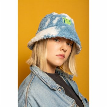 Mizestreetwear - Cloudy Mood Bucket Hat