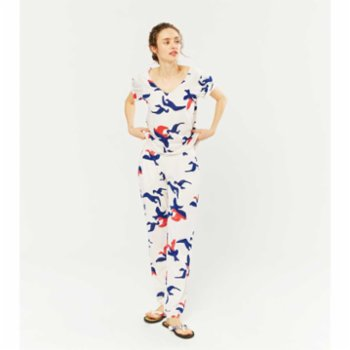 Lords X Lilies - V-Neck Pyjama Set With Lace Details