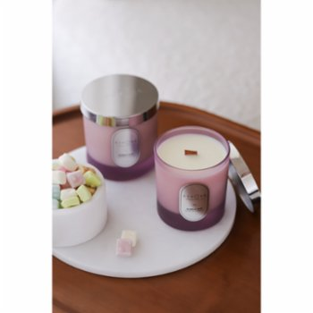 Echoes Lab - Bubble Gum Scented Wood Wick Natural Candle
