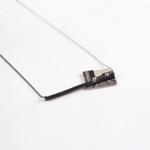 CollecThings  Derya Apartment Short Black Necklace