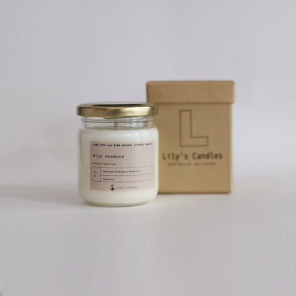Lily's Candles  Blue Anemone Natural Candle
