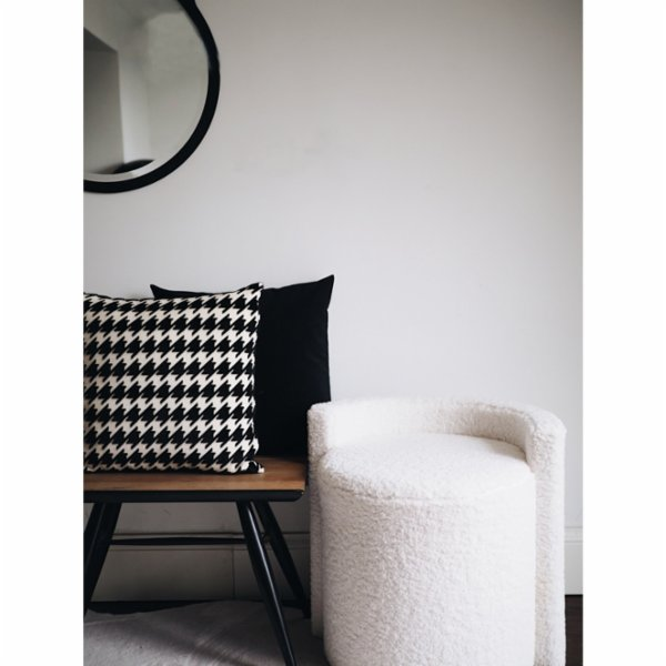 Table and Sofa Piedepul Pillow
