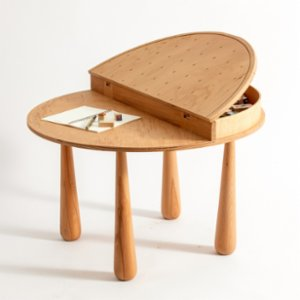 Kinderbow  Piano Table