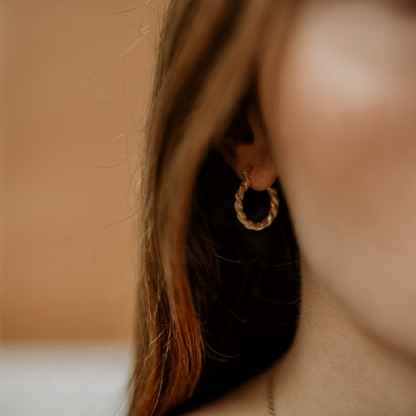 Girl & Gem Wrap Earring