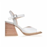 Gardrop Studio 900  Ankle Strap Wood Heel Sandals