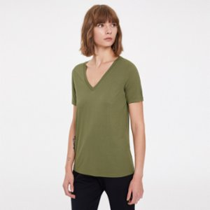 Westmark London  Essentials Deep V-Neck T-shirt